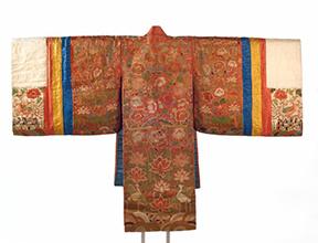 Bride's Robe (Hwalot). Korea, Joseon dynasty, 19th century. Cotton, silk, paper, gold thread, 71 x 6 x 48 in. (180.3 x 15.2 x 121.9 cm). Brooklyn Museum Collection, 27.977.4. (Photo: Jonathan Dorado, Brooklyn Museum)
