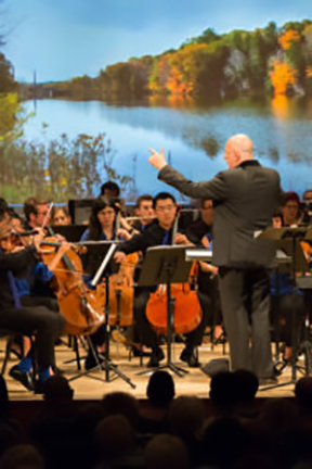 Photo-by-David-DeNee-Conductor-Leon-Botstein-and-The-Orchestra-Now-at-The-Metropolitan-Museum-of-Art-on
