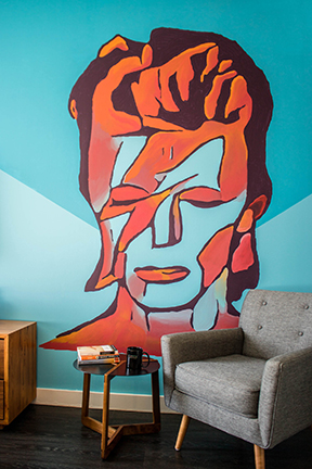 The Brooklyn boutique hotel unveils David Bowie mural by local artist John Fisk and launches a giveaway campaign for a two-night David Bowie Brooklyn Getaway